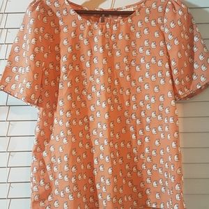 EUC Size M peach Everly cat-print blouse